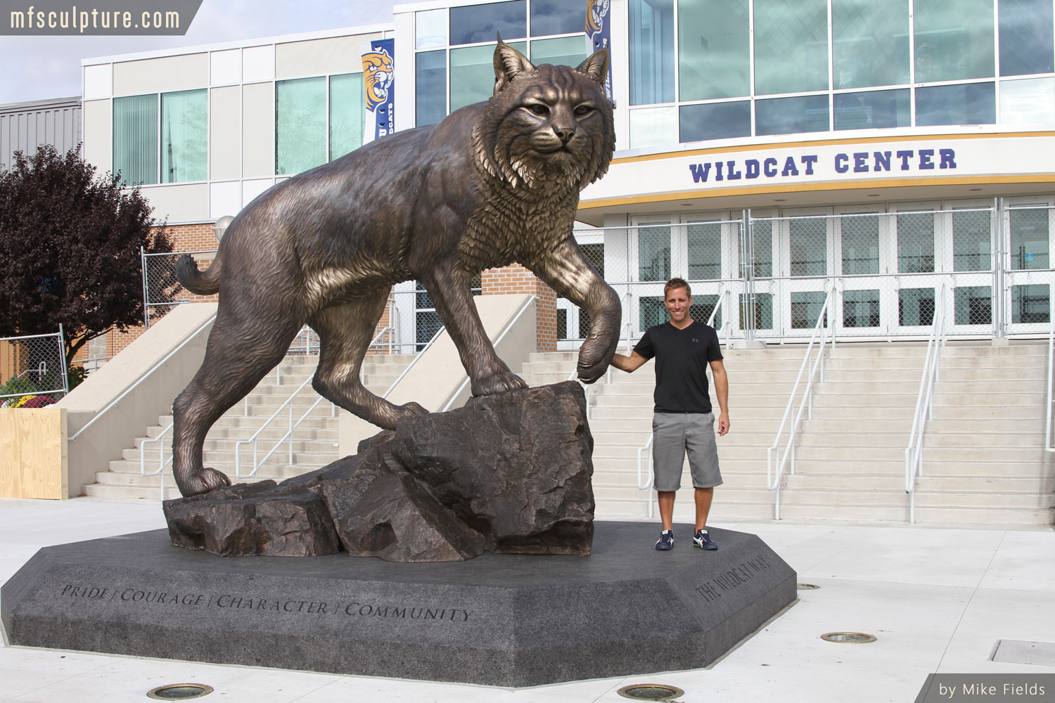 University-Wildcat-Sculpture-Bronze-Mascot-Bobcat